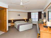 Standard Double Room Distinction Whangarei Hotel & Conference Centre