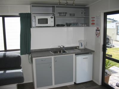 Deluxe Kitchen Cabin
