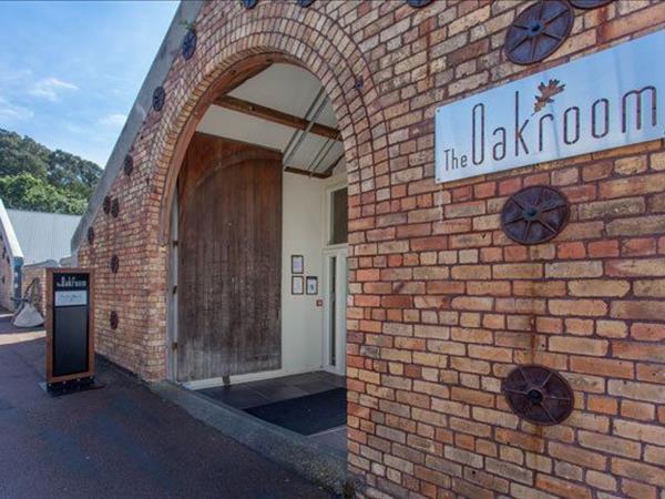 The Oakroom Swiss-Belsuites Victoria Park, Auckland, New Zealand