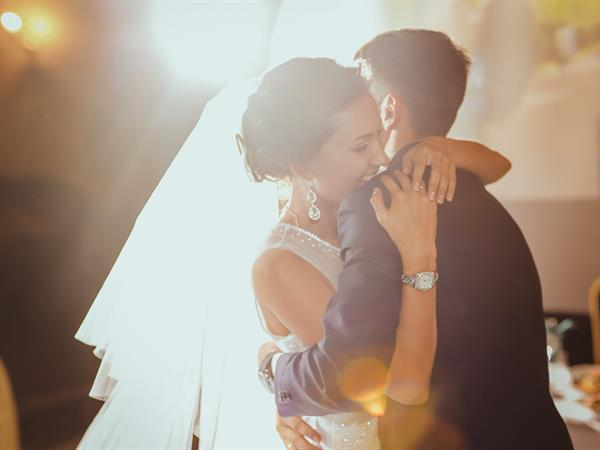 Wedding Packages with Distinction Hamilton Hotel Distinction Hamilton Hotel & Conference Centre