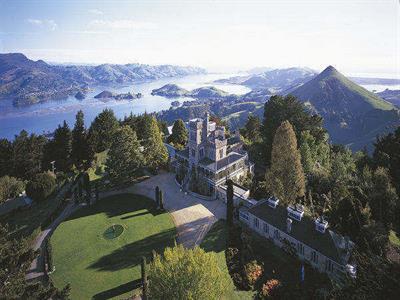 Tour 2 - City Sights plus Larnach Castle No 8 Tours for NZ Shore Excursions