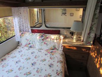 Trailer Parks For Sale >> Vintage Retro Van - Cosy Corner Holiday Park - Mount ...