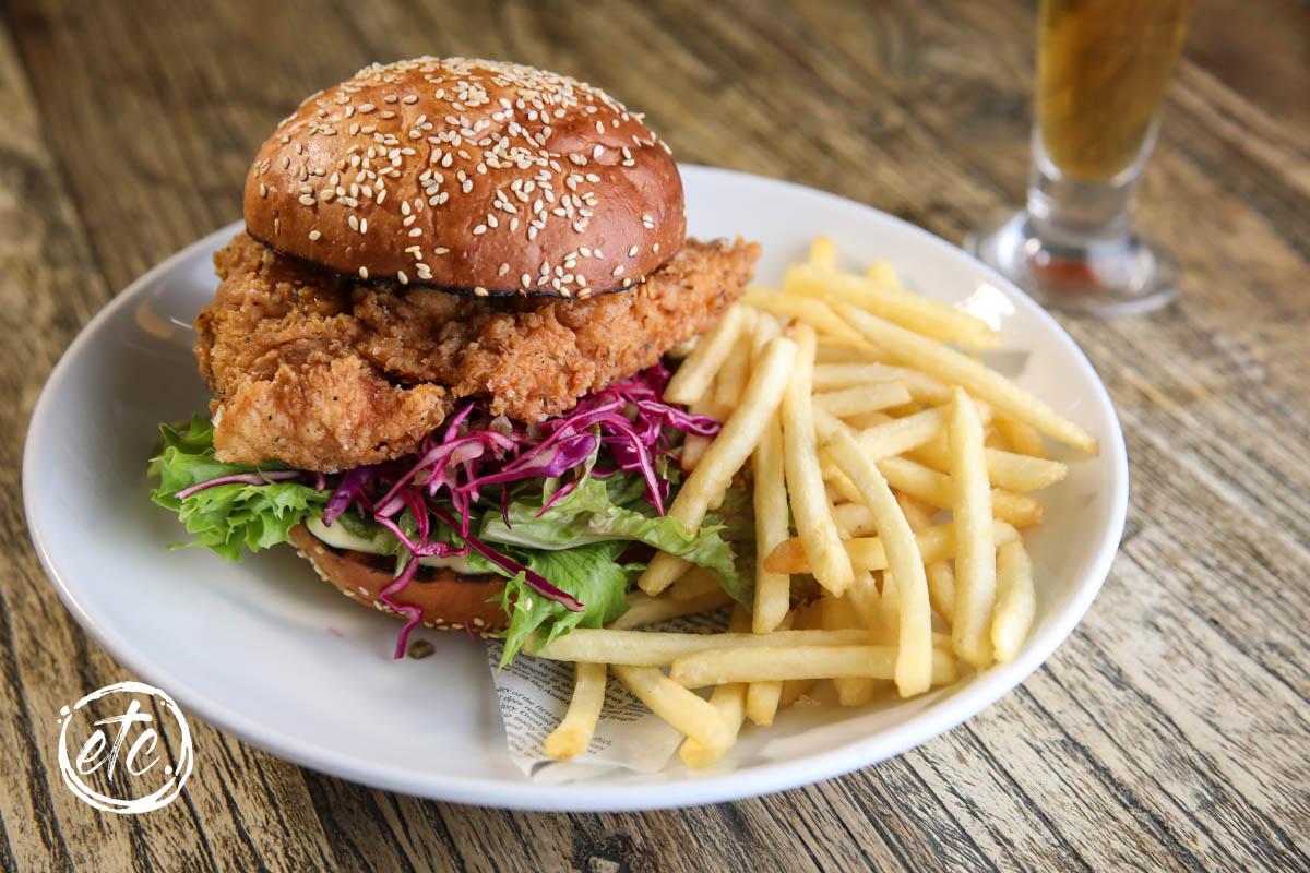 Merchant of Clyde Fried Chicken Burger @ The Merchant of Clyde Café