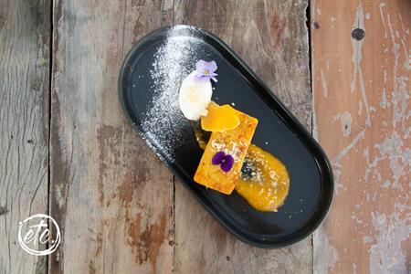 Naked Scotsmans Apricot & Almond Cake @ Blacks Hotel
