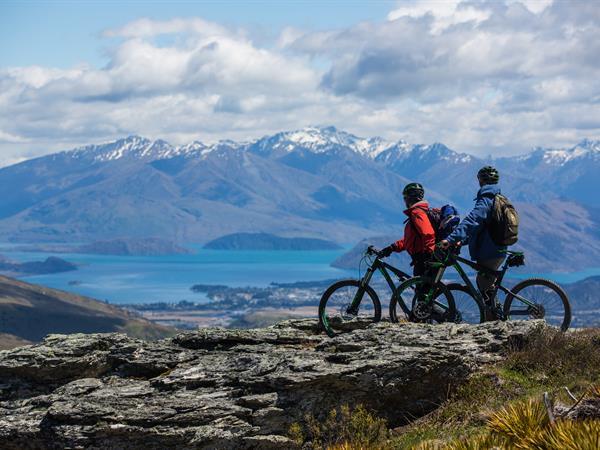 Stay & Bike Wanaka Distinction Wanaka Alpine Resort