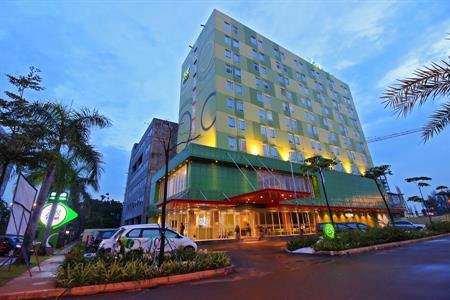 Zest Hotel Harbour Bay, Batam